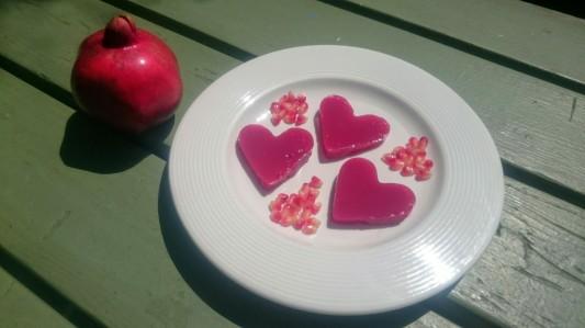 FFF Pomegranate Jugglers